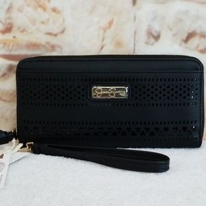 New Jessica Simpson Amira Zipper Wristlet